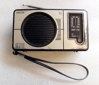 Philips 070 Transistor Radio